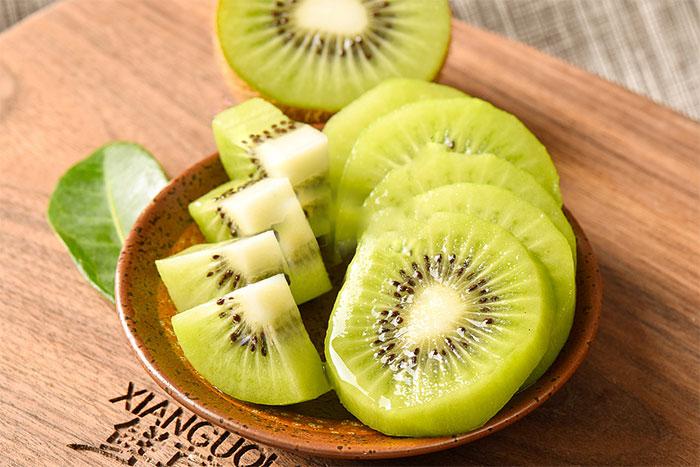 猕猴桃-水果猕猴桃酸野小吃现做现卖